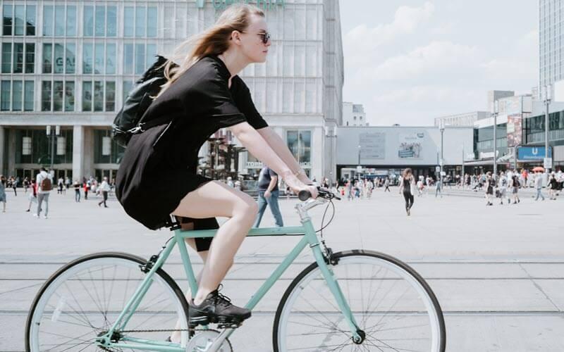 ride-a-bike-on-street